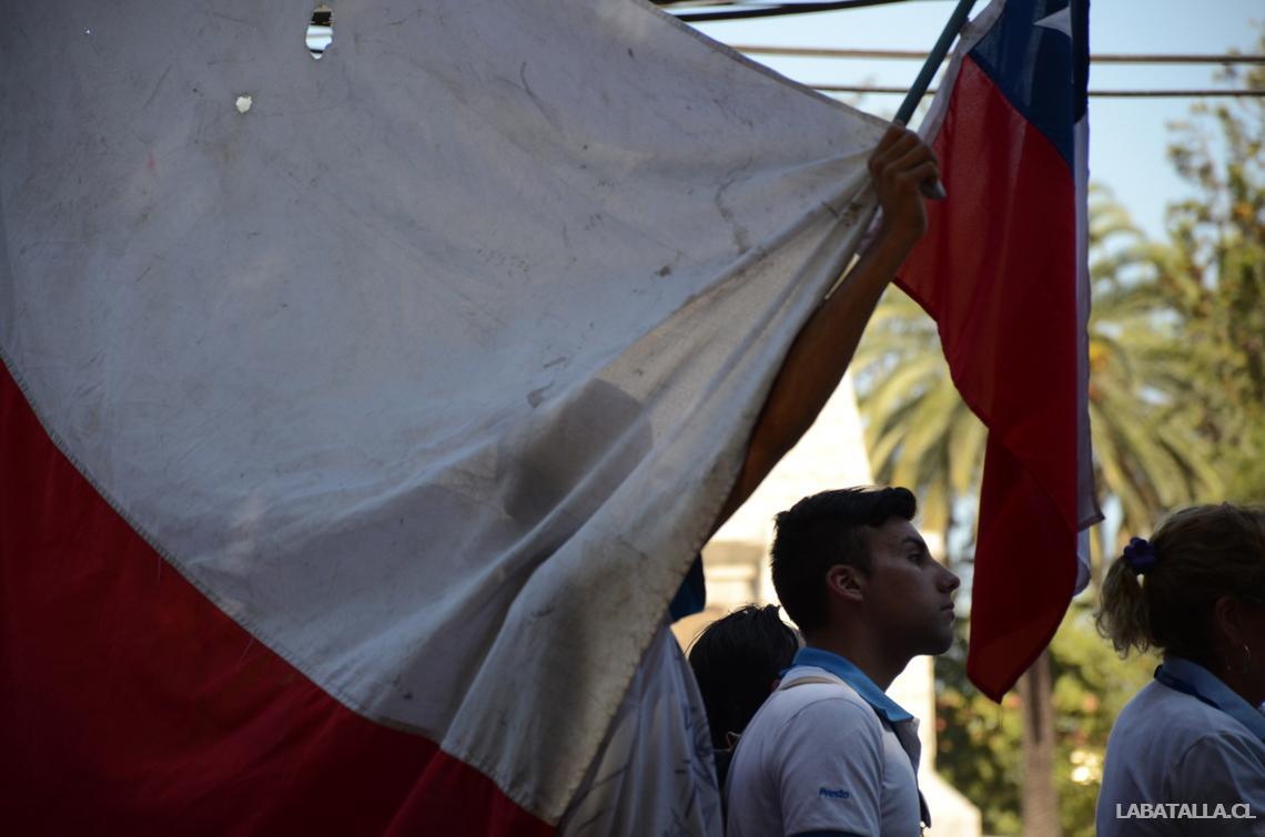 Trabajadores de Walmart marcharon por el centro de Maipú