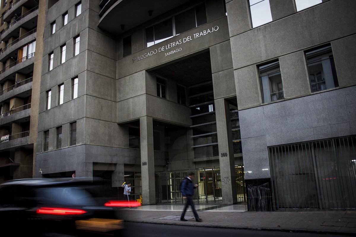 Mun de maip acord pagar 15 millones a trabajador for Juzgado de letras
